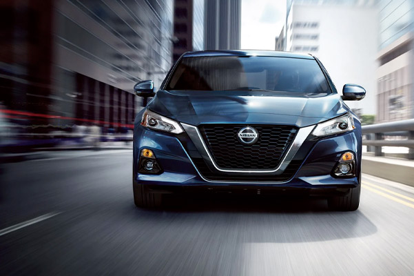 Altima front facing