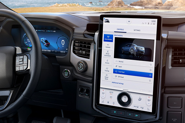 2022 FORD F-150 LIGHTNING 15.5 inch touchscreen