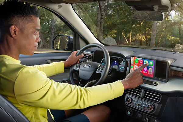 Apple CarPlay® and Android Auto™