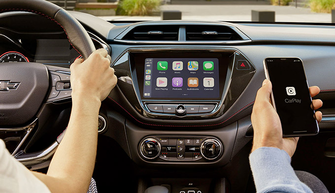 2021 Chevy Trailblazer Apple CarPlay & Infotainment System