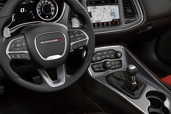 2019 Dodge Challenger Interior & Technology