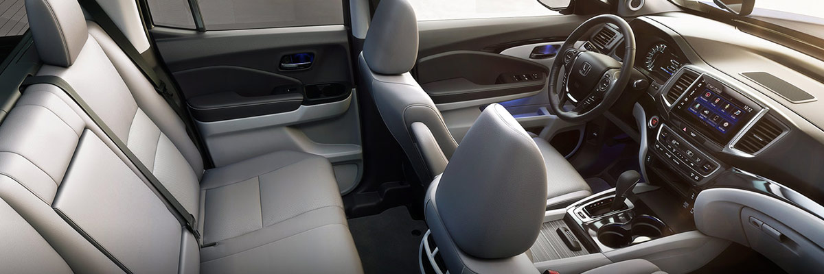 2019 Honda Ridgeline Interior & Technology