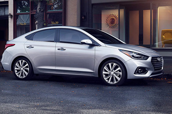2019 Hyundai Accent MPG, Specs & Safety Features