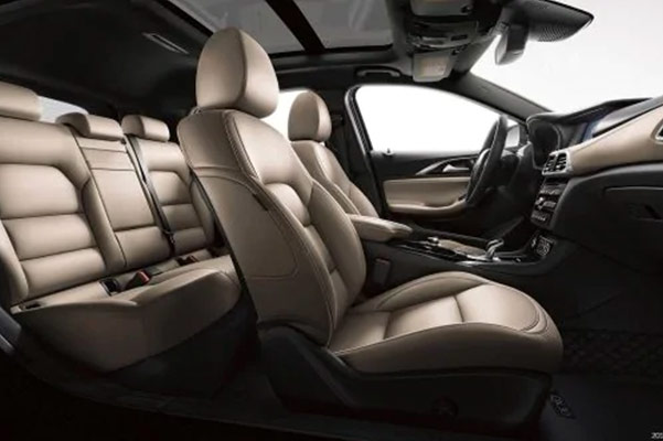 2019 INFINITI QX30 Interior & Technology