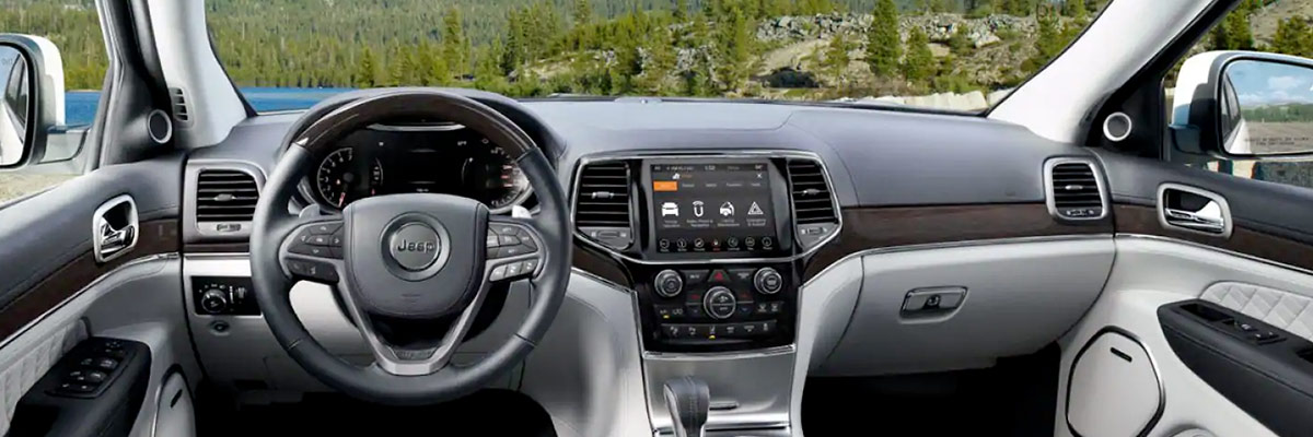 2019 Jeep Grand Cherokee Interior & Technology