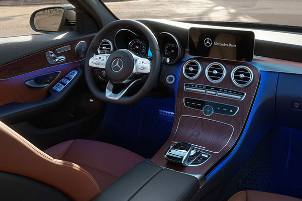 2019 Mercedes-Benz C 300 Interior & Technology