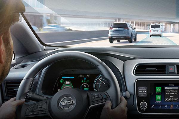2019 Nissan LEAF Specs & Safety