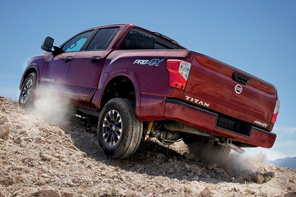 2019 Nissan TITAN Specs, Performance & Safety