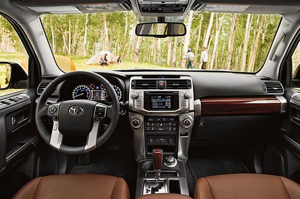 2019 Toyota 4Runner Interior & Technology