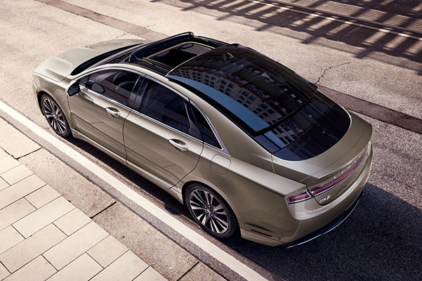 2020 Lincoln MKZ MPG Ratings, Specs & Safety Features