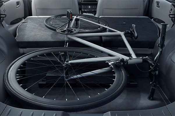 2020 Nissan LEAF trunk with bike