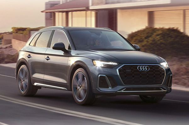 2021 Audi Q5 driving on road