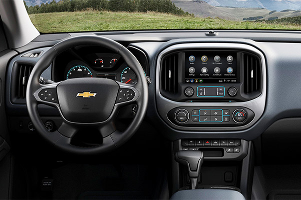 2021 Chevrolet Colorado Interior View: Dashboard