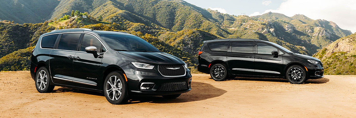 2021 Chrysler Pacifica lineup parked on mountain road