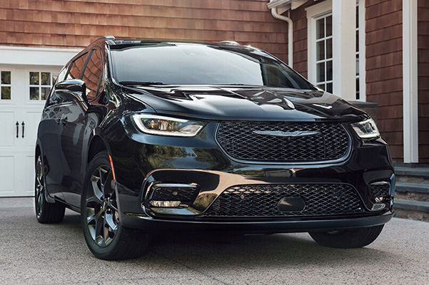 2021 Chrysler Pacifica parked in driveway