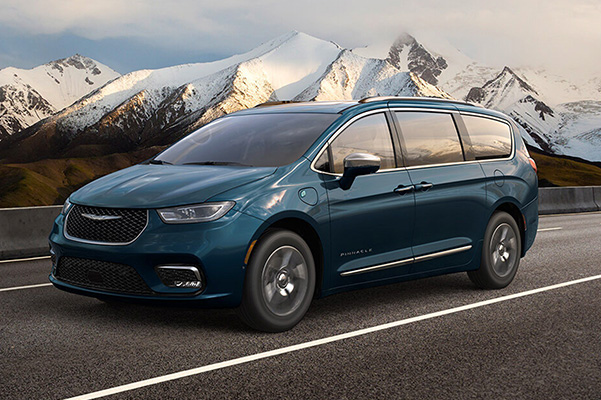 2021 Chrysler Pacifica driving on road