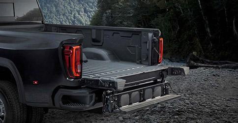 2021 GMC Sierra 2500HD multi-function tailgate