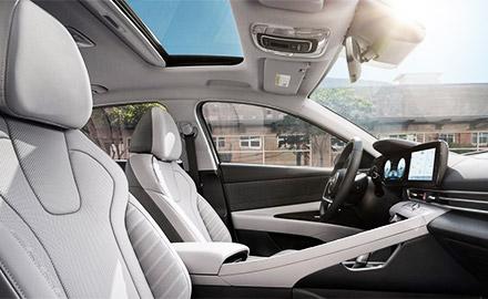2021 Hyundai Elantra Interior