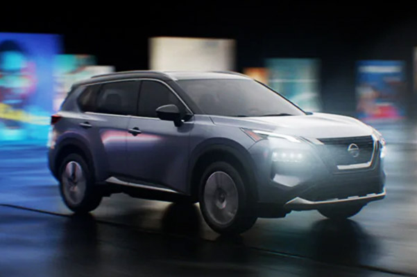 2021 Nissan Rogue profile view in silver