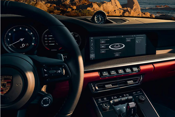 Interior shot of the 2021 Porsche 911 with a 10.9 inch touchscreen display