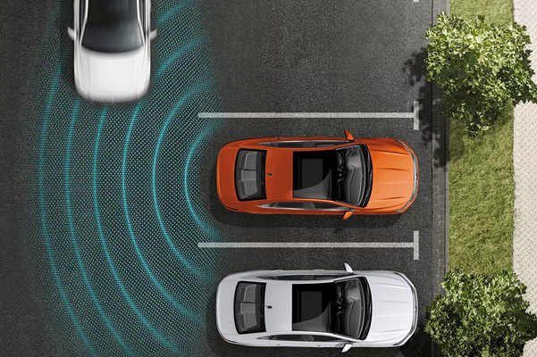 360-degree glowing lines emit from the vehicle to help illustrate Driver Assistance in action.
