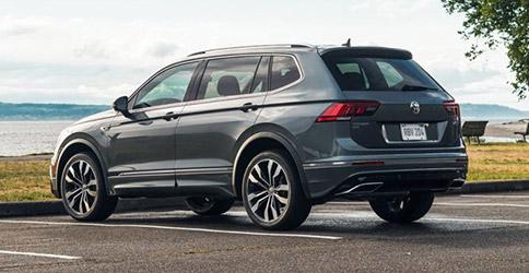 2021 Volkswagen Tiguan parked